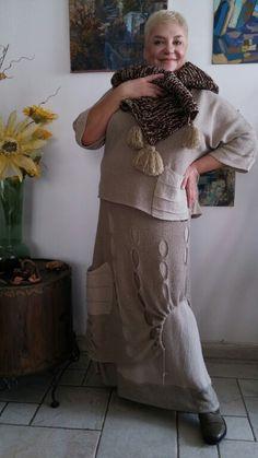 So cute. Linen knit skirt over a linen woven one? Linen layers don't stick.