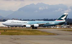 Cathay Pacific Airways B-LJA Boeing 747-867F 39238 YVR Vancouver Airport 2012 Hong Kong Trader c/s