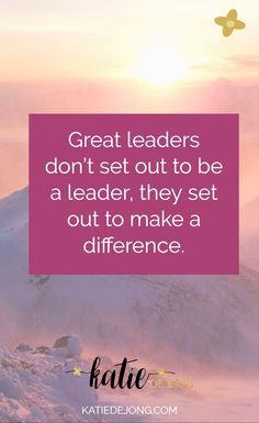 7 Ways to be an Inspiring Leader in Small Business #leadership #smallbusiness #entrepreneurship #achievebelieve #inspire #inspirationalleadership #bosslady #ladyboss
