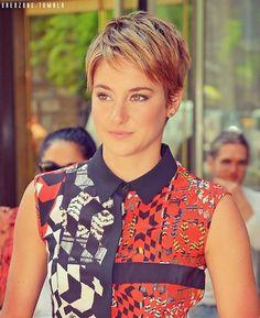 cool Shailene rockin that short hair...