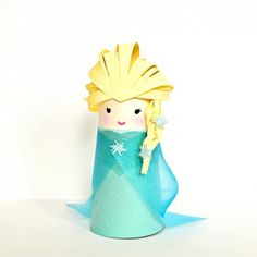 If your kids love Frozen, they'll love this Elsa Paper Tube Craft.