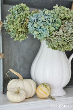 Hydrangeas & White Pumpkins - family room fall tour with natural elements and a neutral color palette.