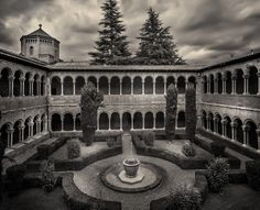 Monasterio de Santa Maria de Ripoll by Jose Luis Mieza on 500px
