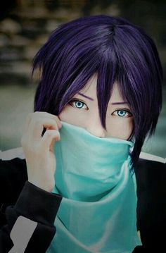 Yato the war god from Noragami Anime Cosplay, Noragami Cosplay, Yato Noragami, Cosplay Boy, Epic Cosplay, Cute Cosplay, Cosplay Makeup, Amazing Cosplay, Cosplay Outfits
