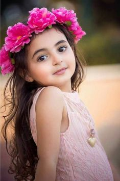 62 New Ideas Children Photography Poses Childhood Cute Little Baby Girl, Cute Baby Girl Pictures, Beautiful Little Girls, Beautiful Children, Cute Girls, Baby Photos, Baby Girls, Cute Babies Photography, Children Photography Poses