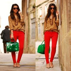 Looking for a way to wear my new red skinny mango jeans. Neutral top with a pop of color accessory it is!