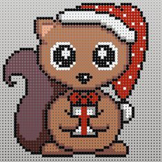 Free Christmas Beads Pattern on Erling Egern - Rito. Hama Beads Animals, Beaded Animals, Cross Stitch Christmas Cards, Christmas Cross, Christmas Perler Beads, Hama Beads Design, Pearler Bead Patterns, Christmas Animals, Reno