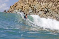 salina Cruz, MX   Foto:Fred Pompermayer Salina Cruz, Travel Destinations, Surfing, Mexico, Waves, Outdoor, Bonito, Road Trip Destinations, Outdoors