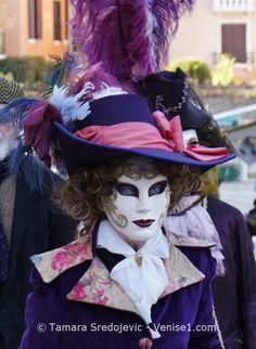Les photos du carnaval de Venise 2017 donnent un aperçu de la beauté des masques et des costumes, mais aussi de leurs activités carnavalesques