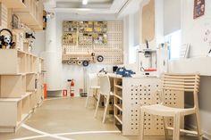 The LEGO® Idea Studio model making workshop