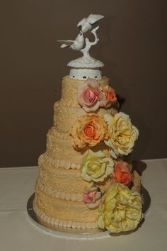 Paisley and flowers wedding cake.