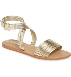 Wedding Sandals So Cute You'll Wear Them All Summer Long Marriage ceremony Sandals So Cute You'll Put on Them All Summer season Lengthy Could 2019 Toe Ring Sandals, Caged Sandals, Lace Up Sandals, Ankle Strap Sandals, Strappy Wedges, Embellished Sandals, Bride Shoes, Shoe Show, Slingback Sandal