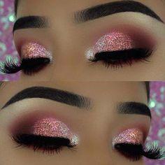 Pink Glitter Eye Makeup Look for New Year's Eve #makeuptutorials Glitter Makeup Looks, Sparkly Eye Makeup, Pink And Black Eye Makeup, Silver Eyeshadow Looks, Silver Glitter Eye Makeup, Sparkly Eyeshadow, Makeup Looks For Prom, Pretty Makeup, Glitter Makeup Tutorial