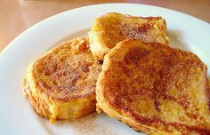Breakfast for lunch. French toast sticks are great for a lunch box, with a side of syrup for dipping. Dash Diet Recipes, Lunch Recipes, Baby Food Recipes, Breakfast Recipes, Diet Breakfast, Healthy Toddler Lunches, Toddler Meals, Kids Meals, Toddler Food