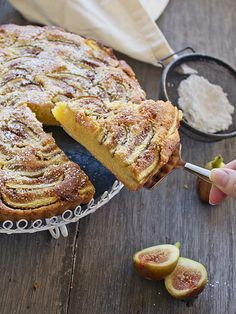 Fig & Amond Tart #recipe--- good idea to use up the figs we have in our yard...
