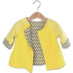 """Für diese Näh-Idee benötigen Sie: • Baumwoll-Jersey """"Uni, Gelb"""" • Baumwoll-Jersey """"Streifen, Gelb"""" • Baumwoll-Jersey """"Hexagon, Gelb"""" • Allesnäher Pastellgelb • Schnittmuster """"Jacke"""" zum Downloaden Stoffverbrauch: Größen 56 - 72: 40 cm Größen 80 - 92: 50 cm Fertige Größe: 56-64-72-80-86-92. Schwierigkeitsgrad: mittel. Bestellbeispiel für Meterware. Meterware können Sie ab 30 cm in 10 cm Schritten bestellen. Als Menge dann nur noch die Meterzahl in cm eintragen, z. B. 1 m = 100 cm ..."""