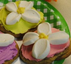 Easter cookies - What kid wouldn't love to help mom make these?