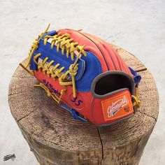 Build your custom glove at gloveworks.net