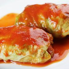 Stuffed Cabbage Rolls with Ground Beef & Rice Dinner One of my favorite Polish foods. My mom made the best ones! Slow Cooker Recipes, Crockpot Recipes, Cooking Recipes, Easy Cooking, Easy Recipes, Easy Meals, Budget Cooking, Dinner Recipes, Dessert Recipes