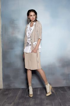 #danieladallavalle #collection #ss16 #elisacavaletti #tshirt #skirt #jacket #earrings #socks #shoes #beige #gold #print #white #stripes