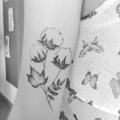 O Flash Day tá demais! Vem passar o domingo com a gente. Cotton Flower • #inkstinctsubmission #tattrx #blxckink