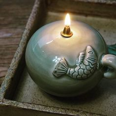 물고기 호롱~~~^^ #하늘빚다  #도자기#호롱#등잔#물고기 문양 Insence Holder, Tea Lights, Birthday Candles, Pottery, Pictures, Ceramica, Pottery Marks, Ceramic Pottery, Ceramics