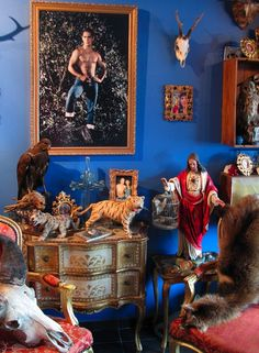 Article in Collector's Weekly about the history of collecting taxidermy. Above is Aldo