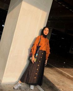 Thank you very much for this skirt Thankyou ays_skirt, do not forget to wholesal. Thank you very much for this skirt Thankyou ays_skirt, do not forget to wholesale before it runs ou Modern Hijab Fashion, Street Hijab Fashion, Hijab Fashion Inspiration, Muslim Fashion, Fashion Outfits, Hijab Casual, Hijab Chic, Ootd Hijab, Casual Ootd