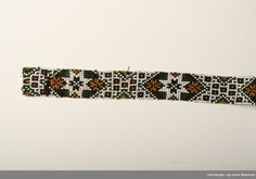 Hardanger og Voss Museum Beadwork, Museum, Belt, Accessories, Hardanger, Belts, Pearl Embroidery, Museums, Jewelry Accessories