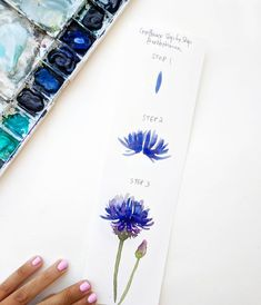 TUTORIAL! As requested, today I decided to share a step by step of a cornflower with you guys! Hope you like it. If you try this…
