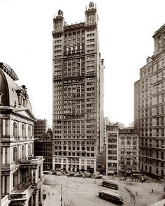 The Park Row Building circa 1912. For nine years this 1899 tower, at 391 feet, was the tallest in New York.