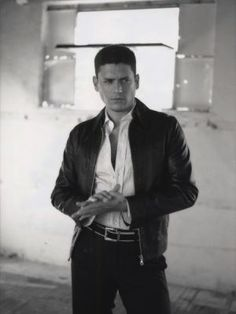 Wentworth Miller PHOTOSHOOT - Photo 6 of 9 - Apr 27, 2008 - See more: https://picasaweb.google.com/WentworthMillerFanPage/WentworthMillerPHOTOSHOOTS08#5193839466518373586