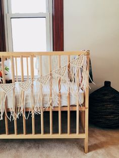 Macrame in the nursery - have you ever thought about decorating the nursery with macrame decor? Take a look at these images for ideas! Macrame Projects, Bunting Banner, Macrame Patterns, Wedding Bunting, Nursery Decor, Nursery Ideas, Decoration, Kids Room, Child Room