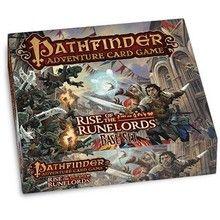Pathfinder Adventure Card Game: Rise of the Runelords is een strategisch kaartspel in een fantasy setting waar de opperboef gevangen moet worden door een groep helden. Na elke pot kunnen de helden hun deck aanpassen om nieuwe scenario's te overleven.