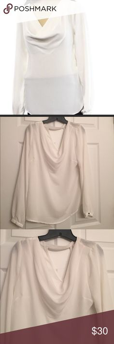 Laundry by Shelli Segal Blouse White laundry by Shelli Segal Blouse; keyhole back; 100% polyester Laundry by Shelli Segal Tops Blouses