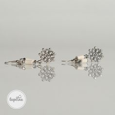 A piece of one of my previous winter collections. Snowflake charm white earring with glass and agate stone beads. Agate Stone, Stone Beads, Unique Jewelry, Jewelry Design, Winter Magic, White Earrings, Winter Collection, Statement Jewelry, Trending Outfits