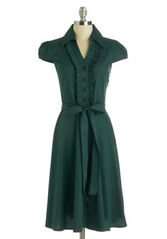 About the Artist Dress in Evergreen. This delightful pine-green shirtdress grew up dreaming about one day becoming a fashion icon. #green #modcloth