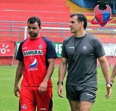 De Souza y Ezequiel Barril