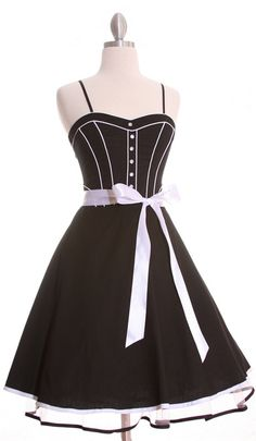 Rockabilly Dress, in black with white detail Cute Dresses, Beautiful Dresses, Cute Outfits, Fabulous Dresses, Vintage Dresses 50s, Vintage Outfits, 1950s Dresses, Retro Dress, Vintage Clothing