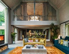 Kate Moss: British icon, supermodel and… interior designer? Kate Moss has added another string to her bow by collaborating on the design of a spectacular five bedroom countryside. Kate Moss, World Of Interiors, Luxury Interior, Home Interior Design, Interior Architecture, Tadelakt, Duplex, Celebrity Houses, Celebrity News