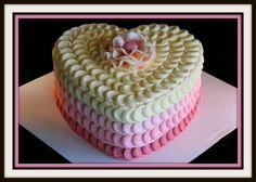 Love this romantic heart cake . definitely takes some skill to keep the cake decorations so even and uniform Pretty Cakes, Beautiful Cakes, Amazing Cakes, Heart Shaped Cakes, Heart Cakes, Just Cakes, Cakes And More, Valentines Day Cakes, Occasion Cakes