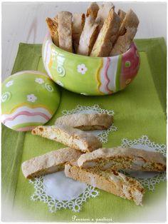 Italian Easter cookies - Tozzetti all'arancia, mandorle e cardamomo