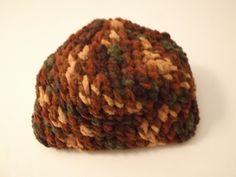 cappello all'uncinetto,ciniglia multicolore di sogni d'arte by adalgisa su DaWanda.com