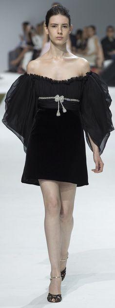 Giambattista Valli, fall 2016 Couture