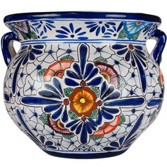 Our Mexican flower pots for sale embody the charm of Mexican Talavera. Featuring intricate floral patterns, these striking Talavera planters work beautify with any home or garden. House Plants Decor, Plant Decor, Mexican Kitchen Decor, Mexican Flowers, Mexican Ceramics, Mexican Embroidery, Talavera Pottery, Decoupage Art, Ceramic Pots