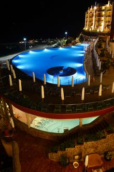 *Pool and spa Gloria Palace Royal* Piscina y camino al spa. #Gloriapalaceroyal