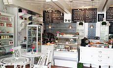CAFE LITTLE BRITAIN - Tearoom Ambiente in Wien Little Britain, To Go, Scones, Stuff To Do, 36, Kitchen, Restaurants, Travel, Home Decor