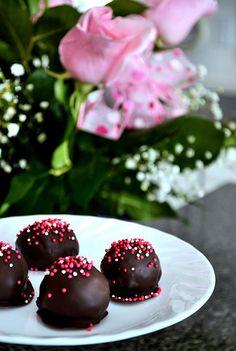 Dark Chocolate Cake Truffles