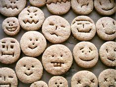 koekjes Cute Food, Good Food, Cookies Decorados, Cute Cookies, Sugar Cookies, Food Humor, Cooking With Kids, Creative Food, Food Design