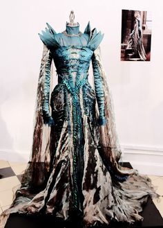 Colleen Atwood: Snow White and the Huntsman - beetle wing dress